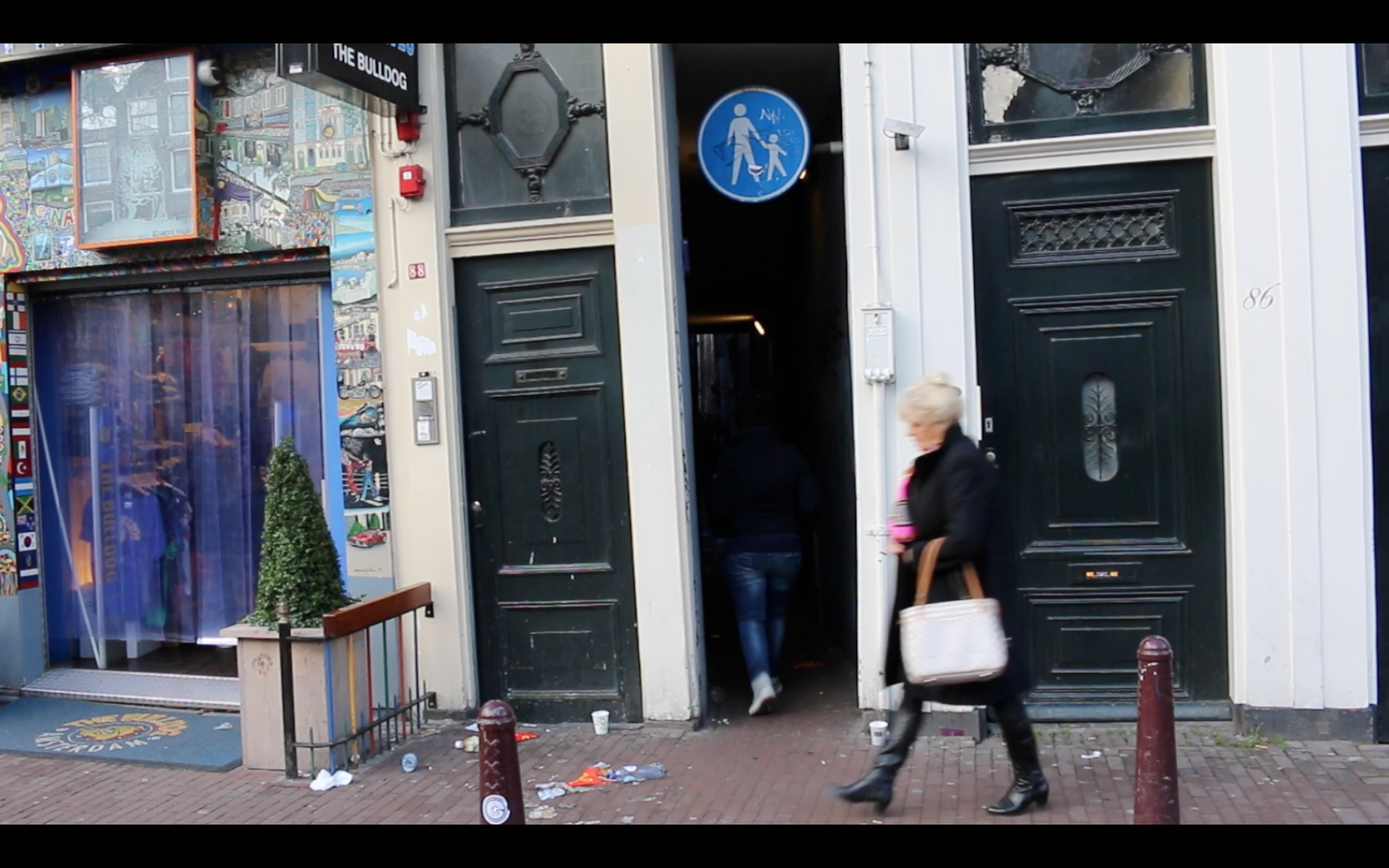 Red Light District Secrets Narrowest street in Amsterdam